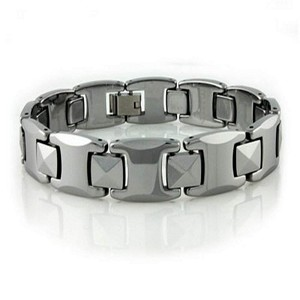 Men's Tungsten Bracelet With Polished Pyramid Links