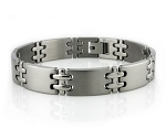 Men's Titanium Bracelet With Matte Finish and Double Cross Links